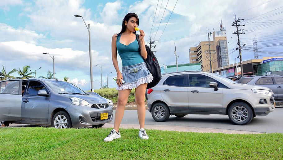 Bella Dulce - Hot Wet Latina Summer